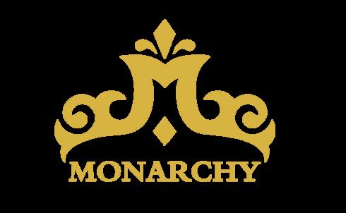 Công ty DanaWeb bàn giao website cho Monarchy Đà Nẵng